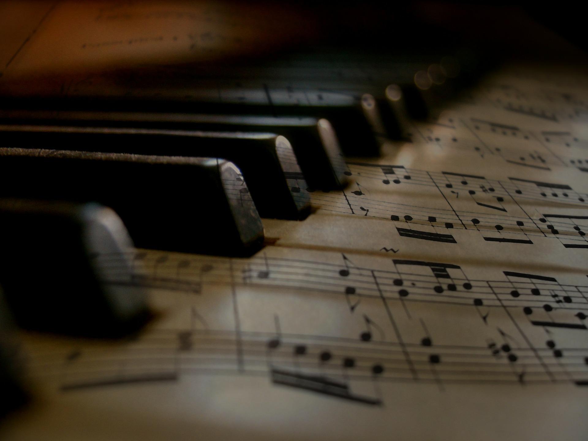 Klaviatur aus Noten